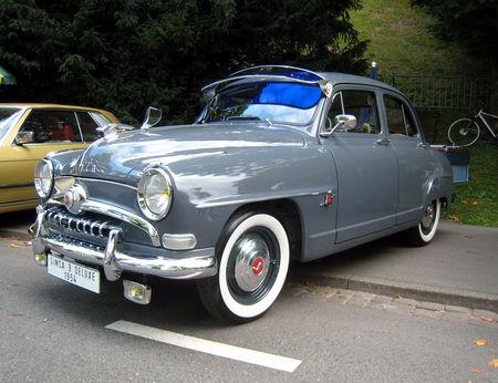 Simca_9_deluxe_berline_1954_01