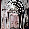 Sémur en Brionnais - église romane