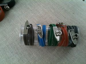 bracelets cuir & chaînesavec breloque du 31