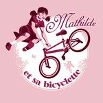 Mathilde_et_sa_bicyclette_ROSE