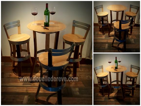 TABLE BISTRO 3 PIEDS et chaises 3 pieds