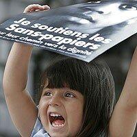 2006 - Petit fille sans papiers