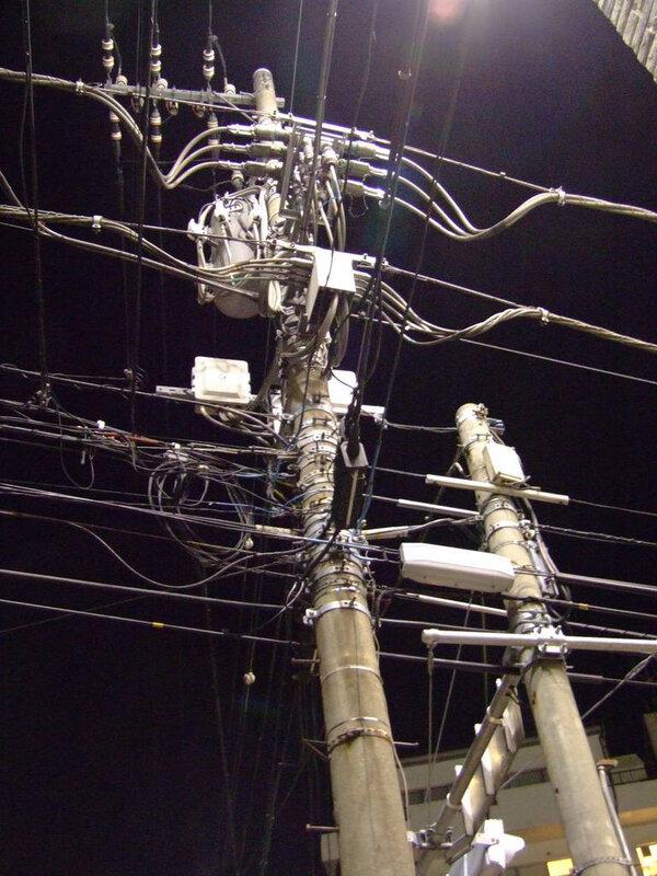Canalblog Poteaux Electriques08