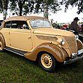 Ford V8 convertible de 1937 (5ème Fête Autorétro étang d' Ohnenheim) 01