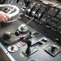 Conducteur en action à son poste - BB 9247
