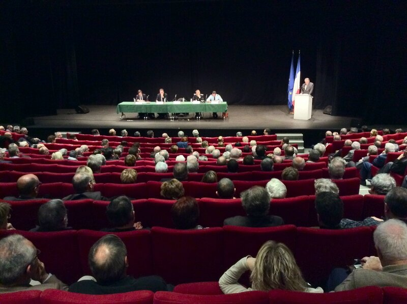 LAON 2015 MAL REUNION MAIRES intervention Raymond Le Deun tribune