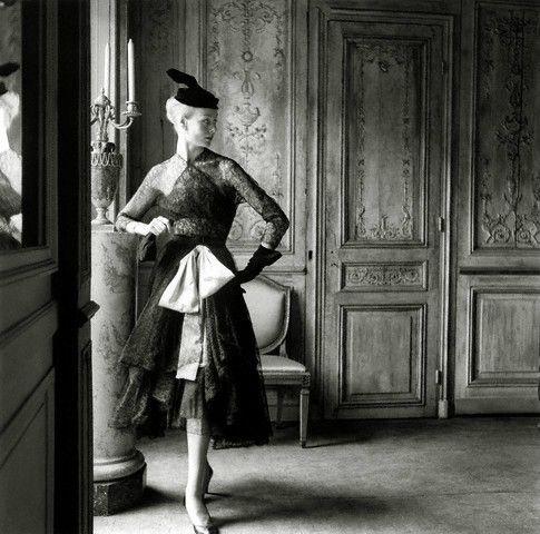 balenciaga-vintage-lace-1951