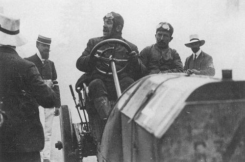 1905 gordon bennett trophy, circuit d'auvergne - vincenzo lancia (fiat 16,2-litre) dnf 2 laps engine, radiator