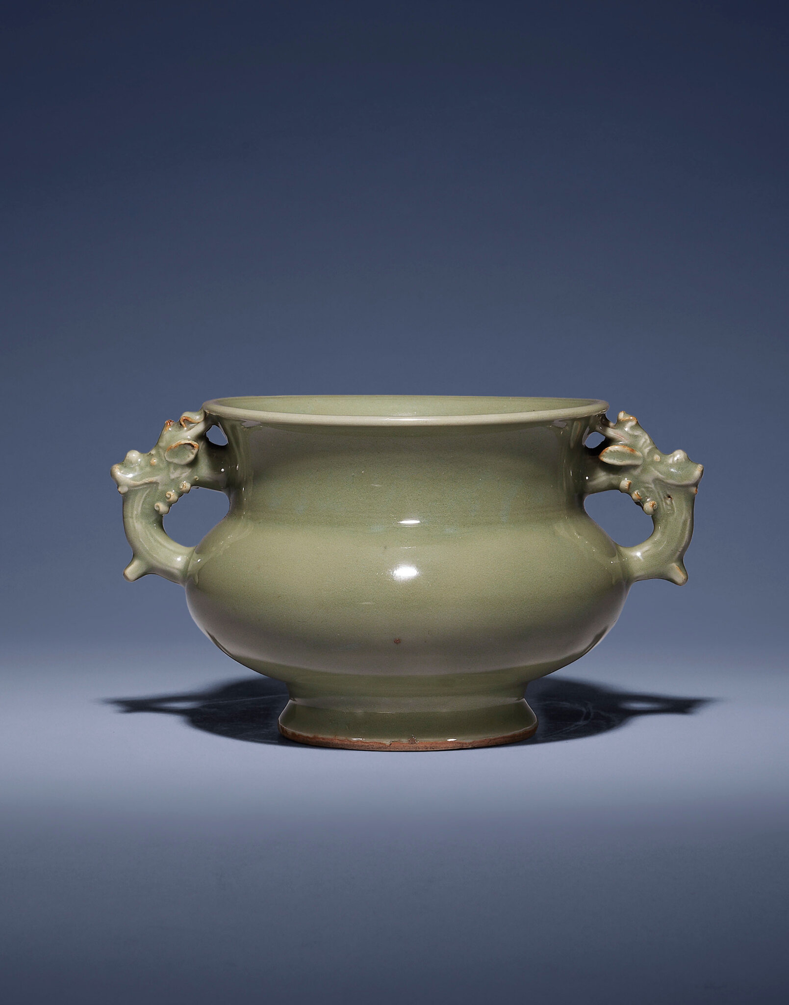 A very rare Longquan celadon censer, Ming dynasty, 15th century