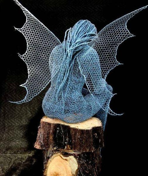 DK AB Wire-Sculptures-Derek-Kinzett-Uk-02