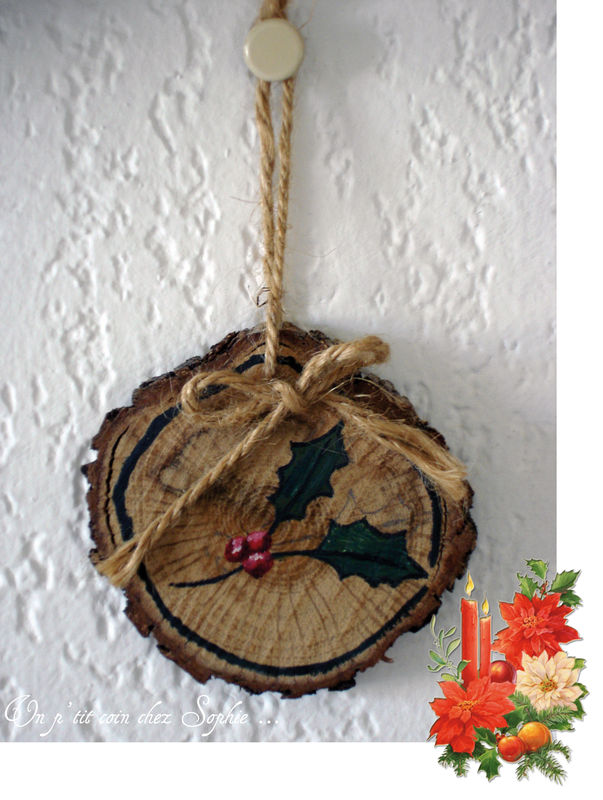 Decoration De Noel Sur Rondin De Bois