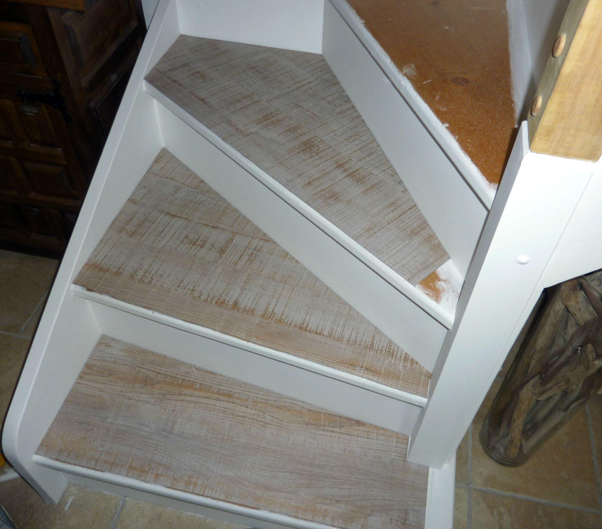 L Escalier Est En Papier Pirouette Cacahuète Ker