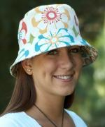 Betz White - Bucket Hat