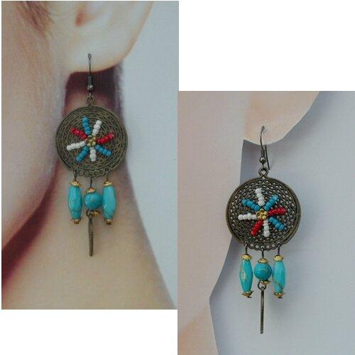 Boucles d'Oreilles Style Amérindien Holana Perle Turquoise Blanc Rouge Métal Couler Bronze