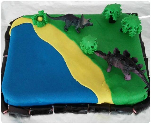 Gâteau dinosaures ©Kid Friendly