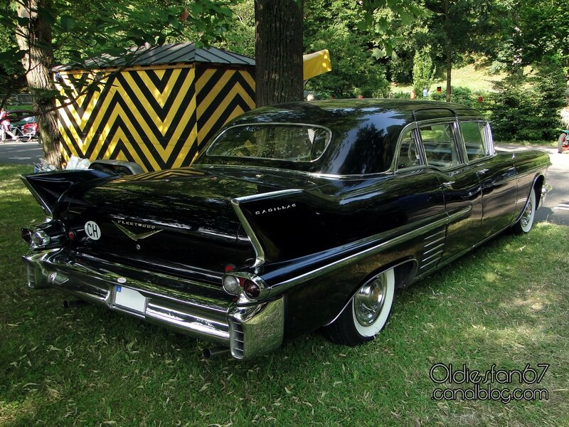 cadillac-fleetwood-75-limousine-1958-b