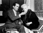 1955_04_01_MarilynMonroe_EdwardRMurrow_PersonToPersonTVInterview_Apr_01_1955_02_122_167lo