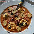 Soupe à la tomate et aux tortellinis, une soupe aux airs d'italie