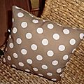 coussin rect taupe