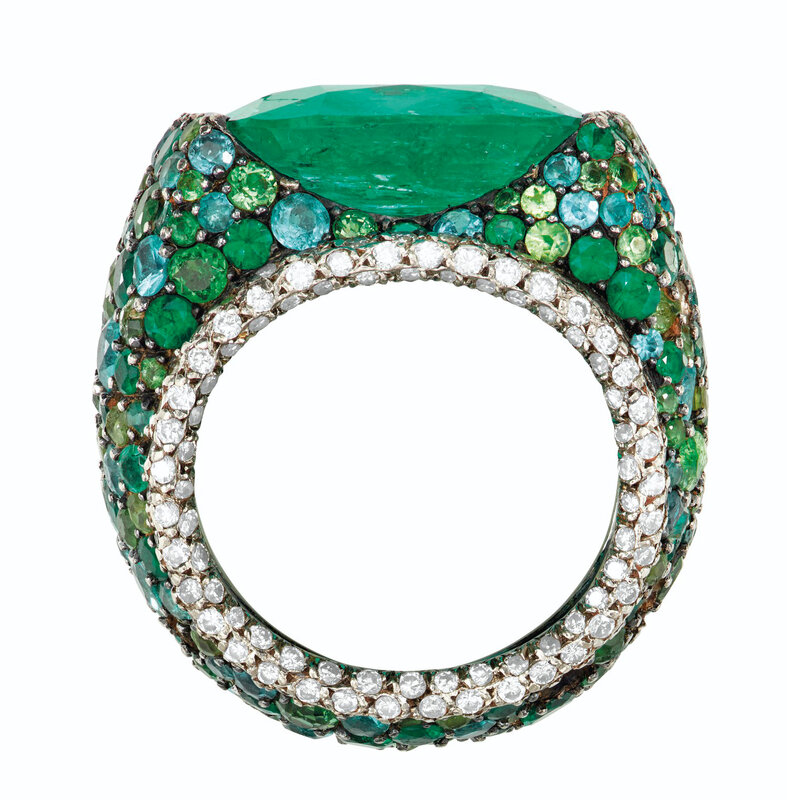 2020_NYR_18990_0257_001(emerald_diamond_and_multi-gem_ring_mounted_by_jar)