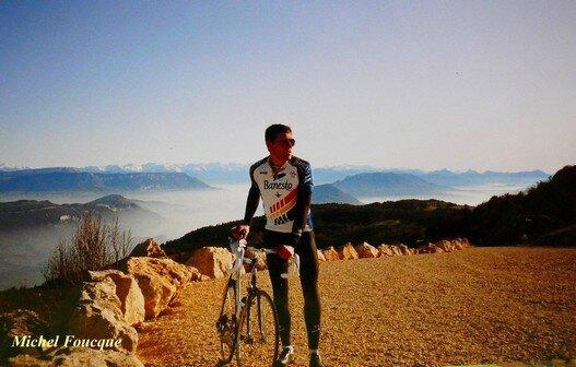 534) Montée à vélo sur le grand Colombier (Ain)