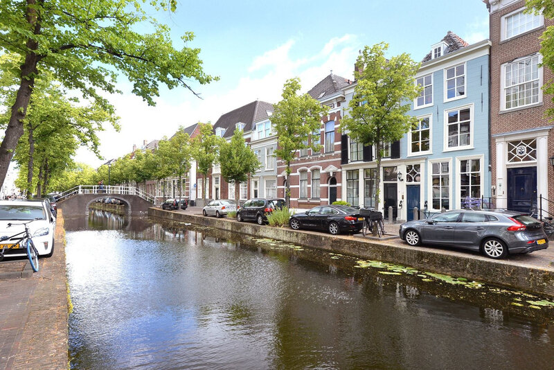 A 17thcentury canal home in The Netherlands trop joli0 (10)