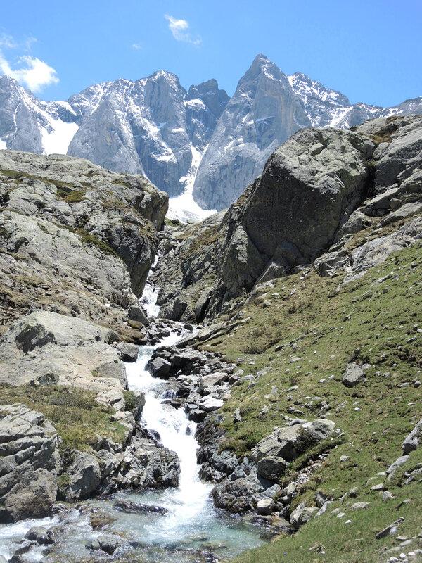 F) Vallée des Oulettes de Gaube, Petites Oulettes, montée et cascade (65)
