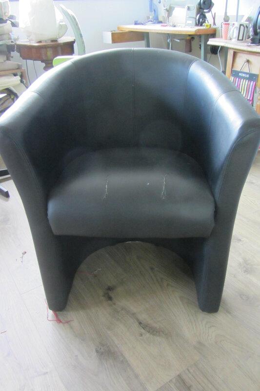 fauteuil tonneau à retapisser