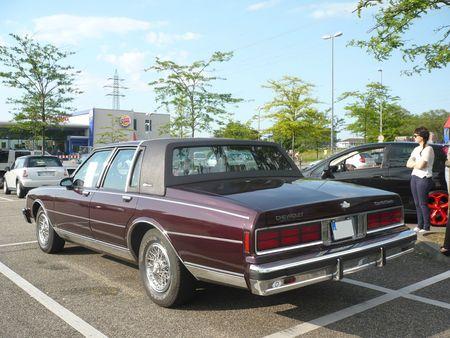 CHEVROLET Caprice Classic LS Brougham 4door Sedan 1988 Offenbourg (2)