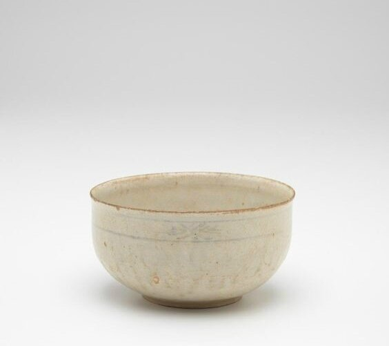 Bowl with small foot ring, Vietnam, 14th century-15th century