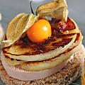 Mille-feuilles pain d'epices, foie gras, pomme & physalis