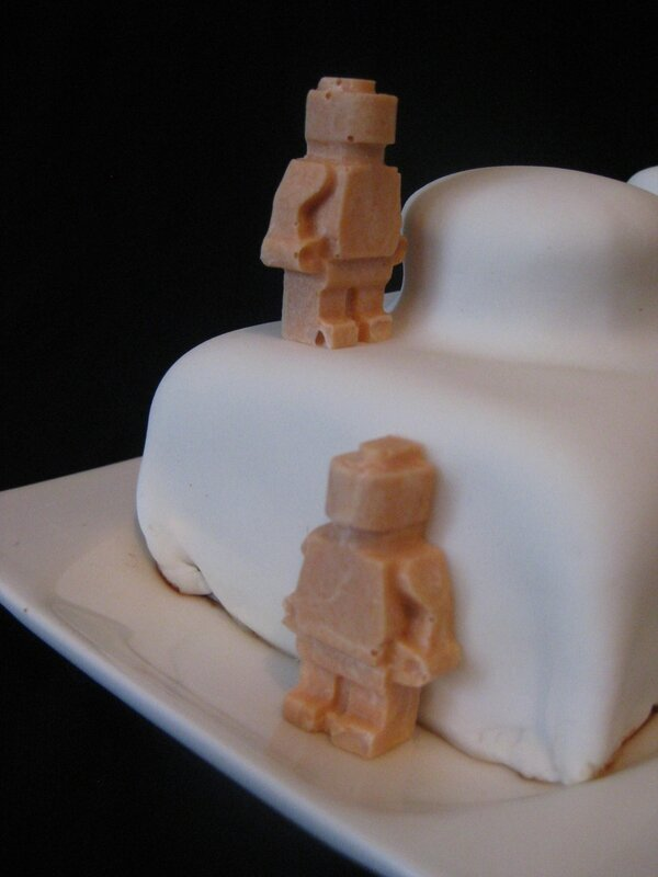 20150124 gâteau brique de lego (15)