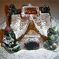 Gâteau chalet sous la neige vue dessus