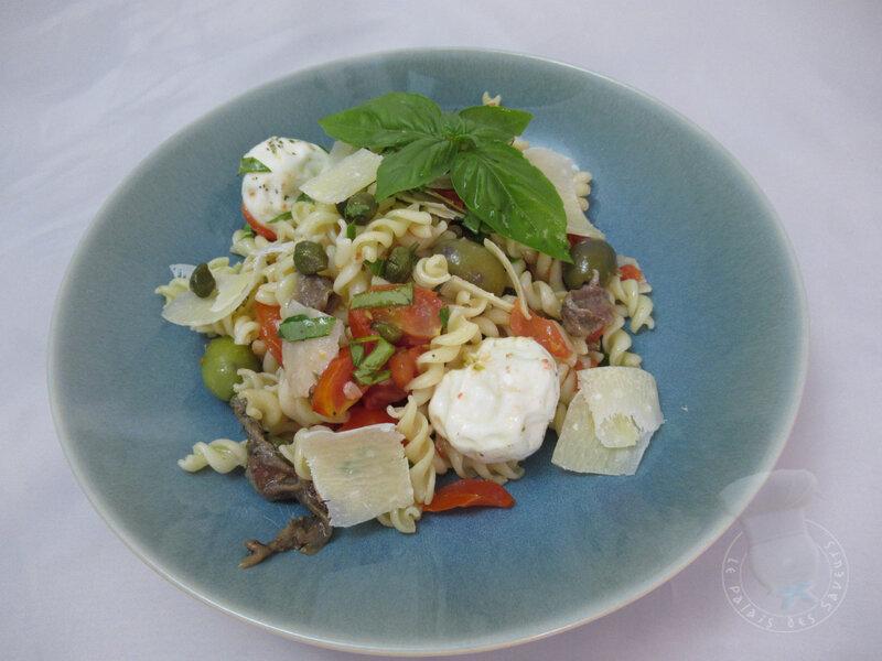 Salade de pâtes à la napolitaine