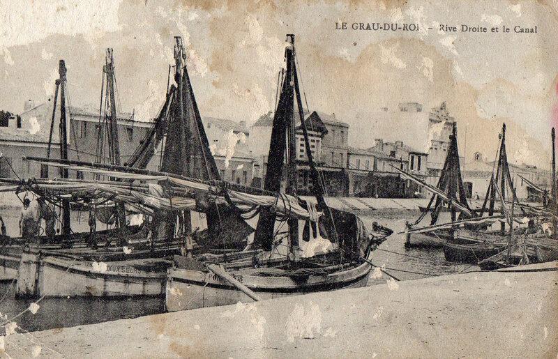 Le Grau du Roi-rive droite du canal