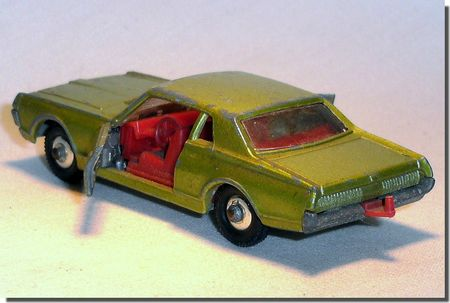 Lesney Matchbox 62 C 7