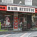 Hair attitude bellegarde ain coiffeur visagiste photo humour devanture vitrine