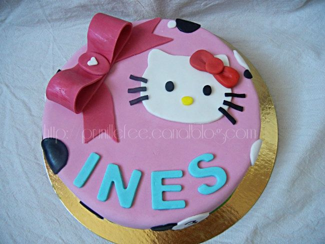 hello kitty cake prunille