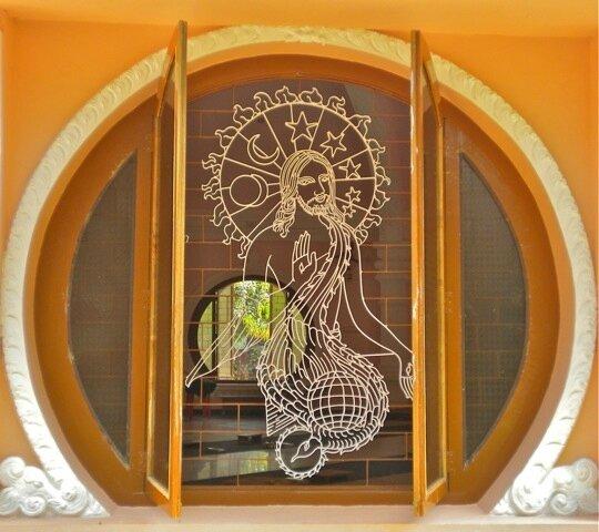 Christ et Esprit Saint, ashram du Shantivanam, Inde