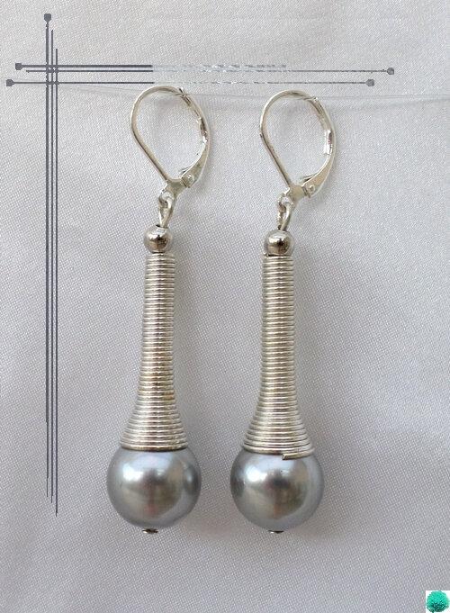 Boucles d'Oreilles Style Tibétain Miha Perle Nacrée Gris 12 mm Argent du Tibet