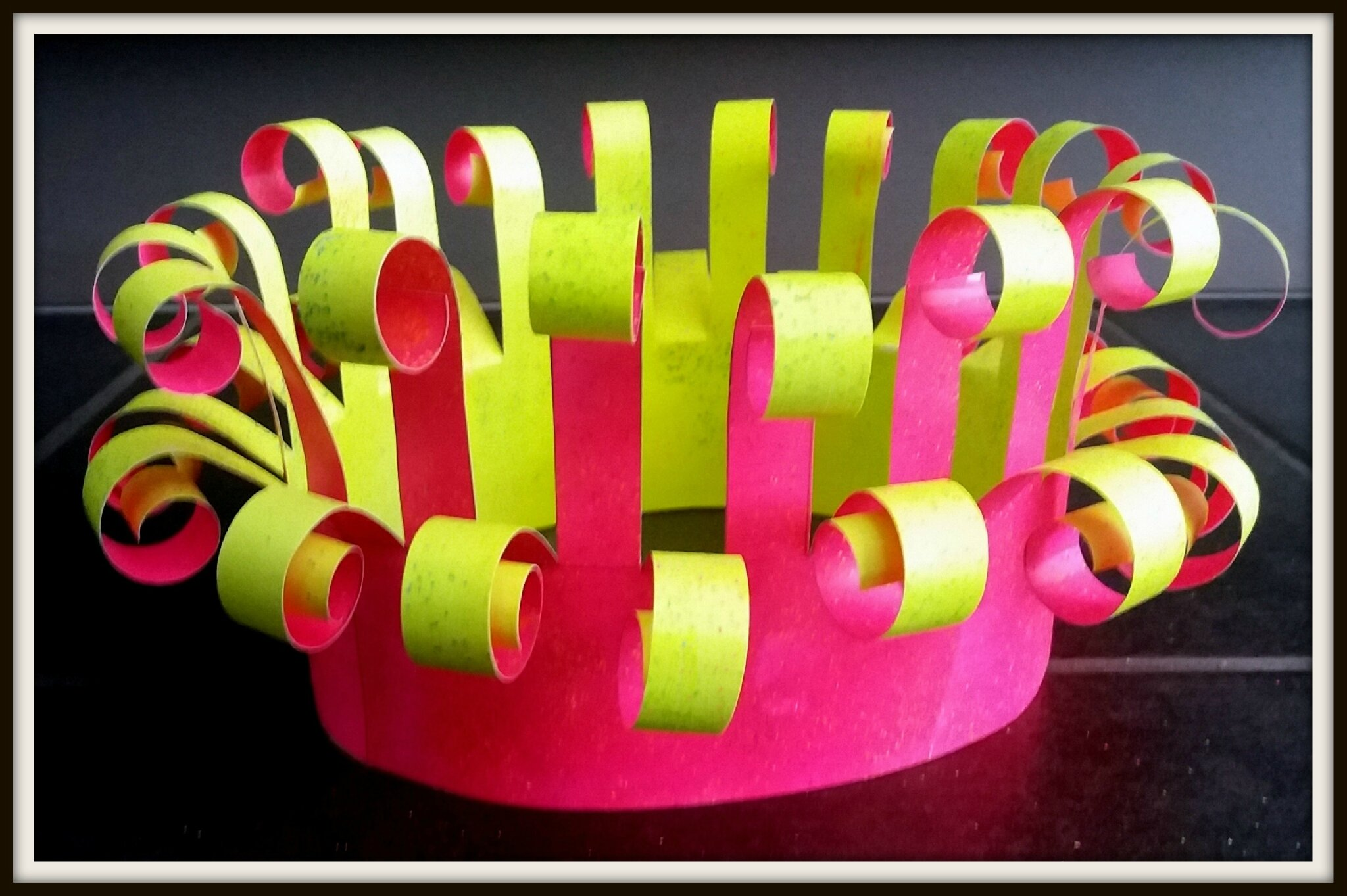 Couronne FLUO