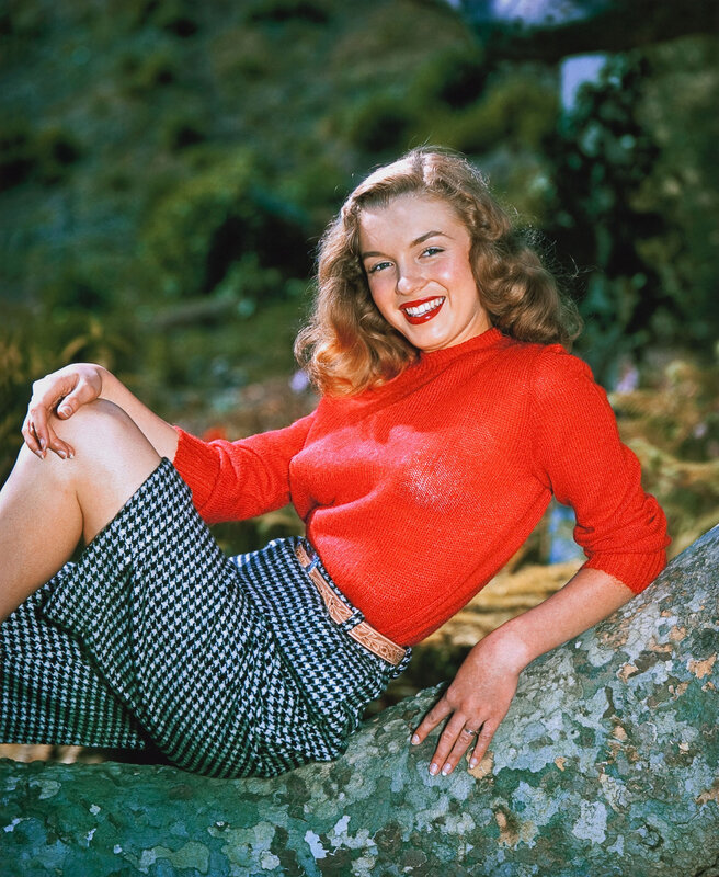 1946-03-12-park_sitting-sweater_red-010-1-by_richard_c_miller-1HQ