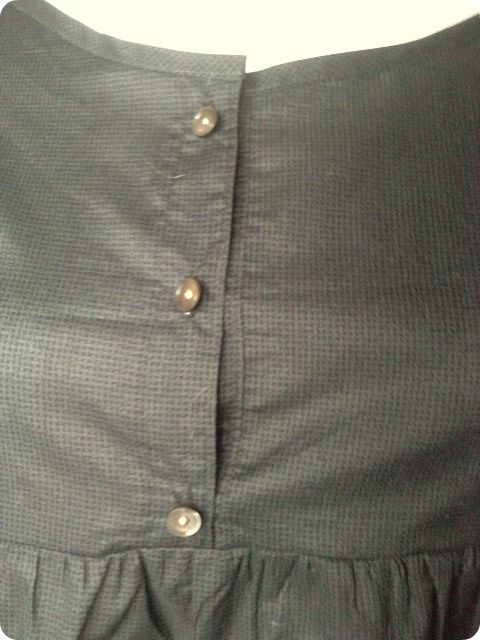 blouse_patte_de_boutonnage_detail1