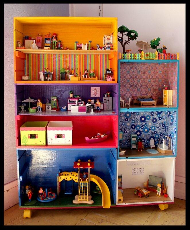 La maison playmobil de ma belette mes mots mes images mes choix oser prendre une place - Maison en bois playmobil ...