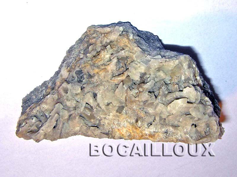 DOLOMITE H830