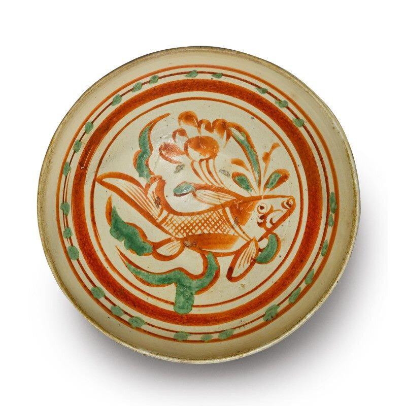 A painted Cizhou polychrome 'Fish' bowl, Jin dynasty (1115-1234)