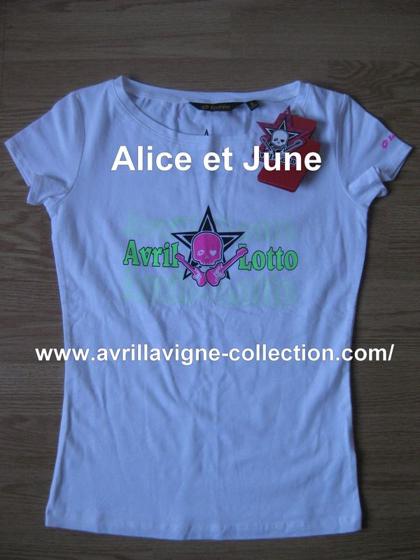 AvrilxLotto product - T-shirt