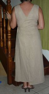 robe_beige_crois__devant_derri_re_018