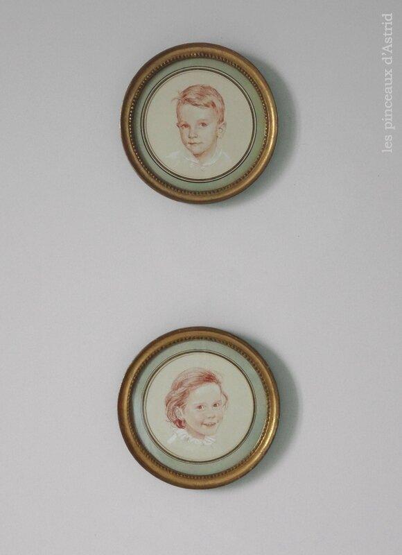 cadre ronds dorés xviii paire de portraits d'enfants