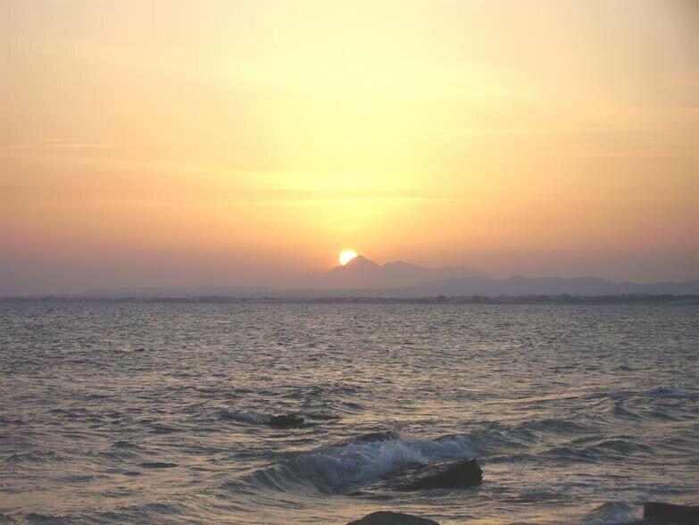 Il est 18h45, ce 4 octobre et le soleil se couche à Zaghouan